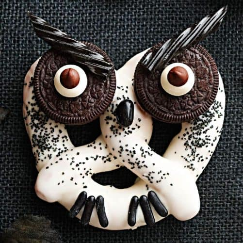 Haunted Hooting Owl Pretzels|BHG