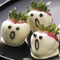 Pretty, Scary Halloween Food Photos