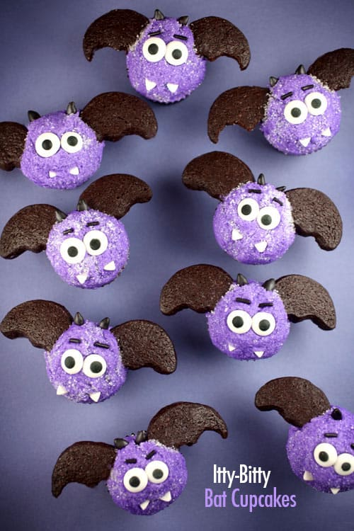 Itty Bitty Bat Cupcakes|Bakerella