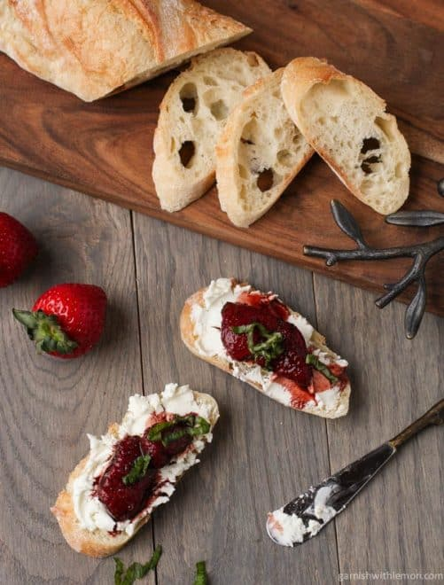 Balsamic Roasted Strawberries|Garnish with Lemon