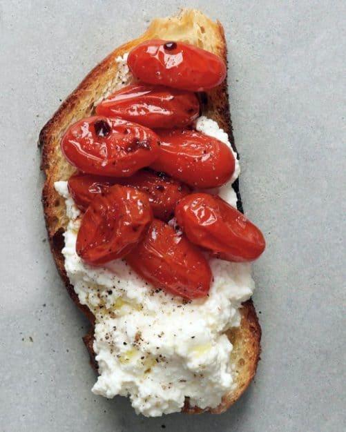 Roasted Tomato and Ricotta Crostini|Martha Stewart