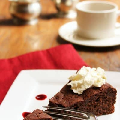 Low Sugar Flourless Chocolate Cake With Raspberry Sauce