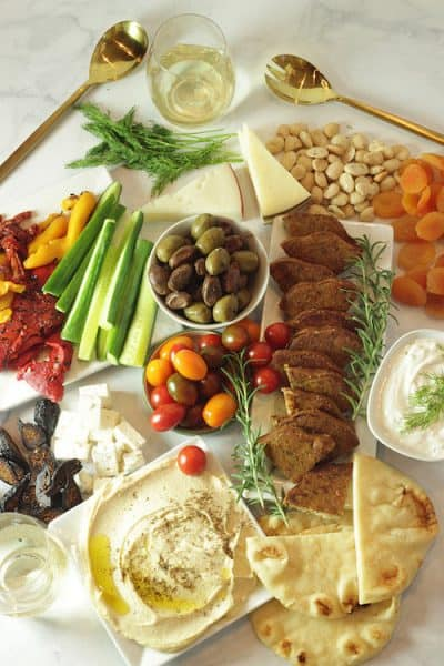 Meatless Mediterranean Mezza Platter | Craving Something Healthy