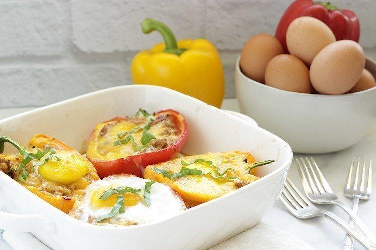 Italian Sausage and Egg Stuffed Peppers |Craving Something Healthy