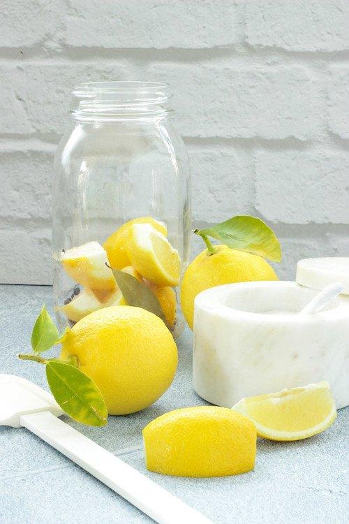 How to Preserve Fresh Lemons
